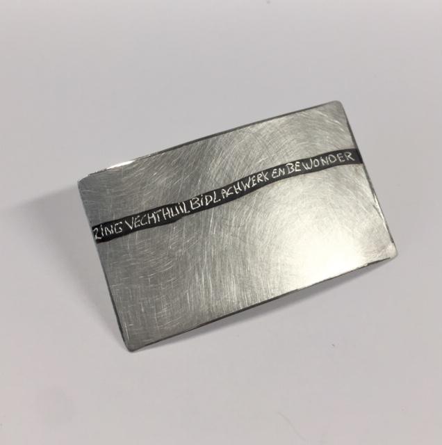 Zilveren broche